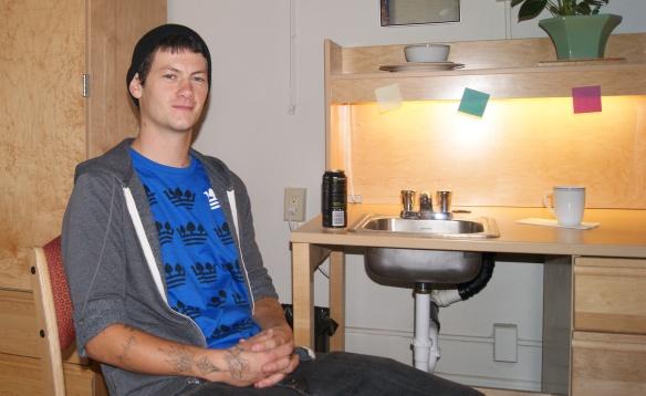 Scott desk sink plant serious